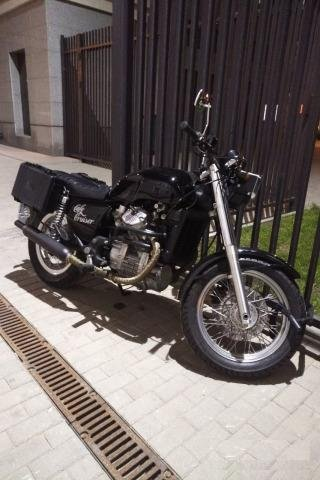 Honda GL500 Cafe Cruiser