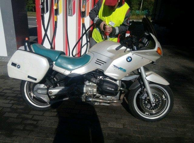 BMW r1100rs